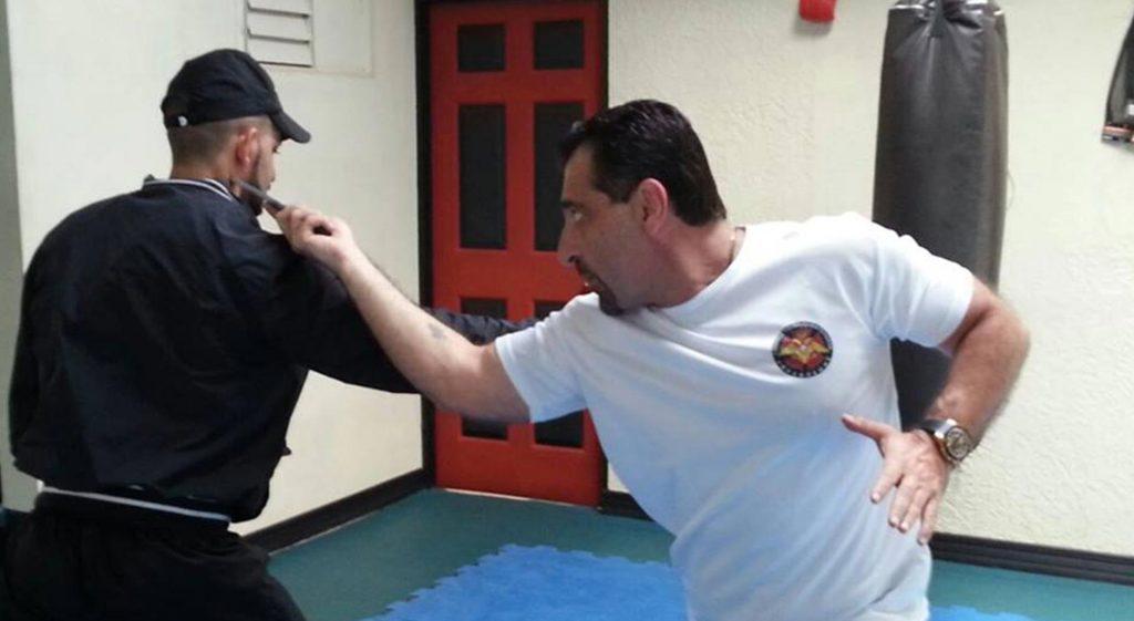 Combat Knife Fighting